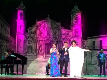 Emilia Morales, Indira Ferrer-Morató, Ernesto Roel. Gala Clausura Teatro América, La Habana, Cuba, 16 de diciembre 2018.