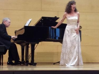 Sílvia Gil y Charo García, veu. Cecilio Tieles, piano. Vila-seca, Auditori Alcalde Josep Malapeira