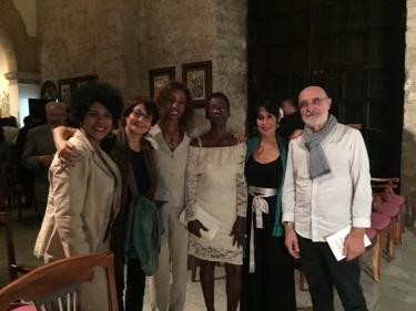 Emilia Morales, Elisa Viura, Yina Trujillo, Gaby, Indira Ferrer-Morató, Xavier Pardina.  Iglesia de Paula, La Habana, Cuba. 13 de diciembre 2018
